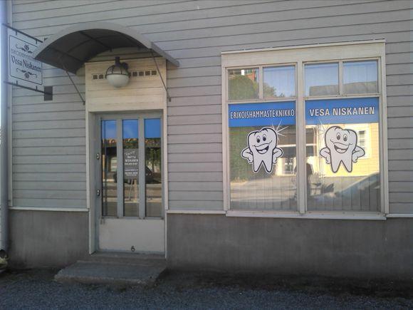 Vakkapurenta Oy hammaslaboratorio