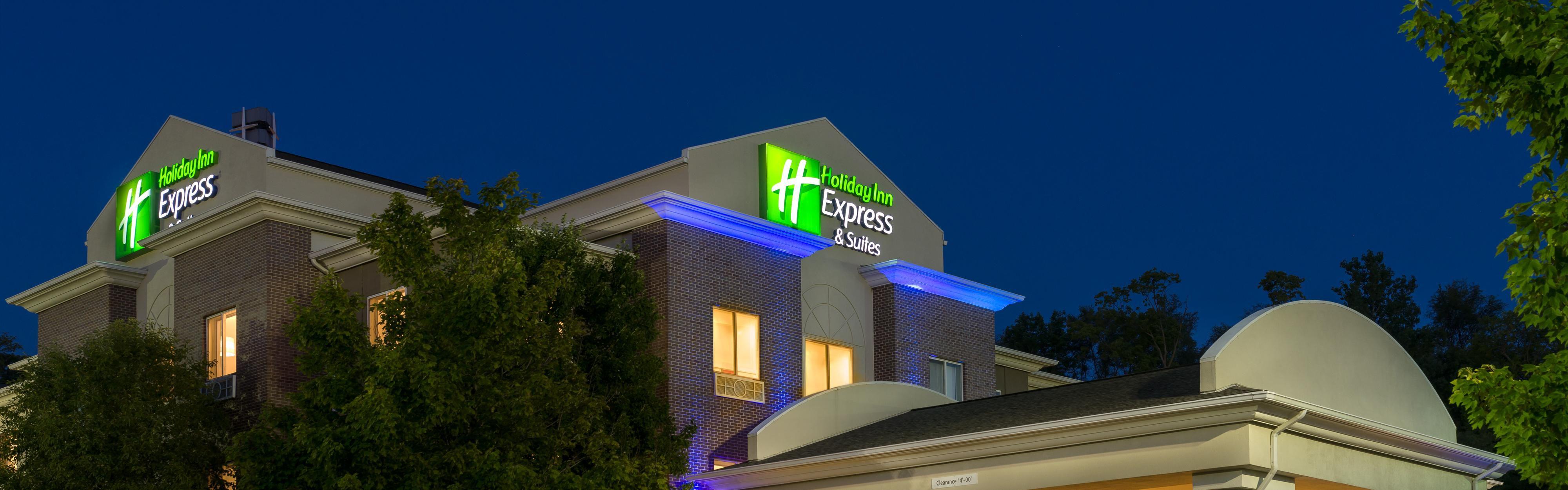 Holiday Inn Express Suites Independence Kansas City Independence Missouri Mo