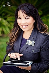 Laura F. Dominguez Realtor/ Mobile Notary