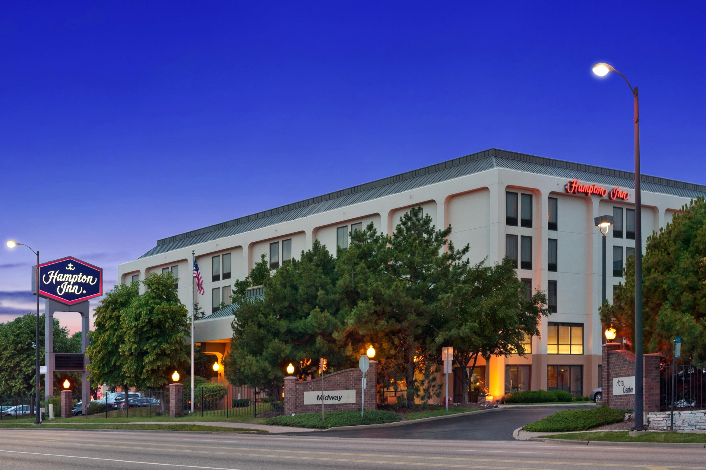 Hotels Near Midway Airport Chicago