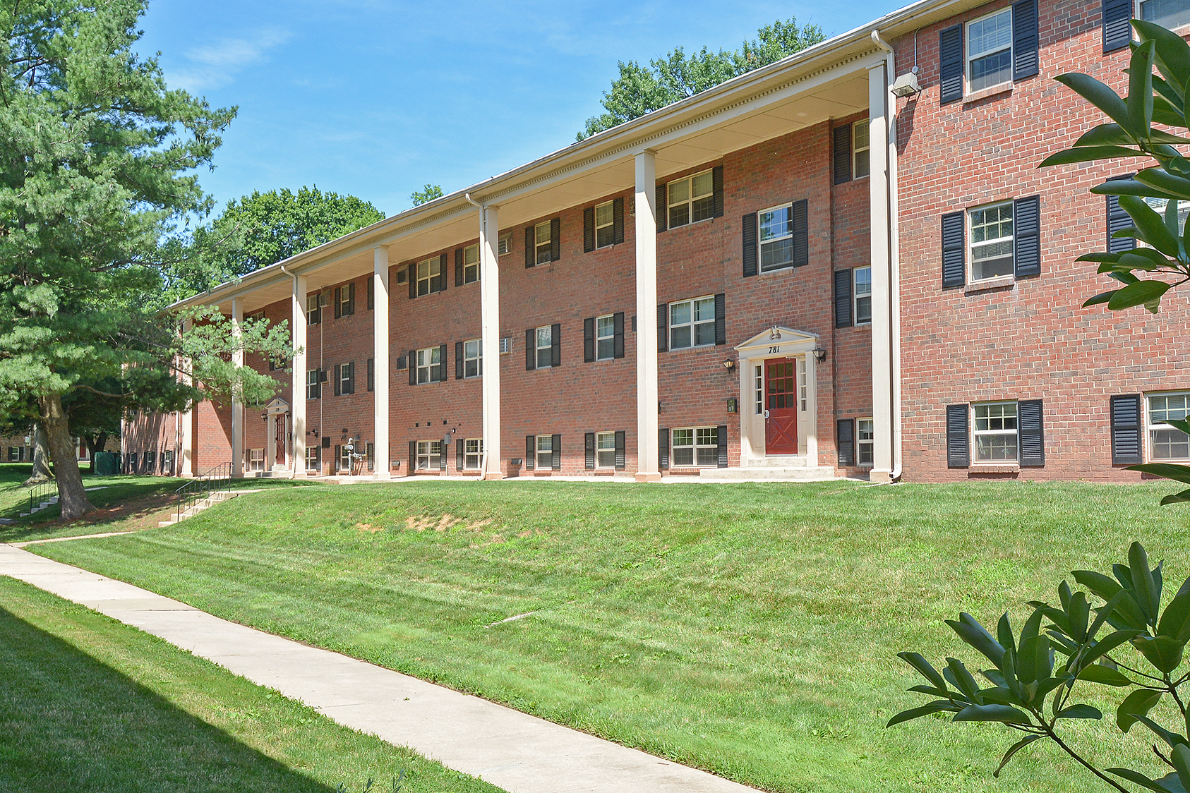 Concord Village Apartments