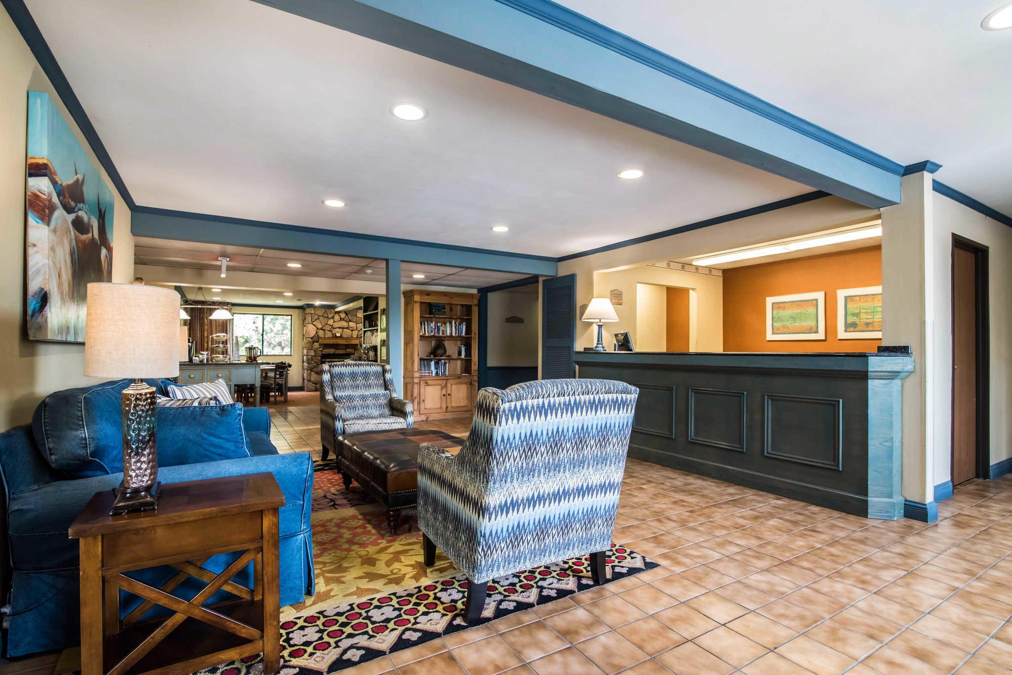 Quality Inn  Cortland New York  Ny