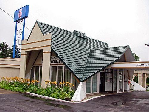 Motel 6 - Geneva, OH -