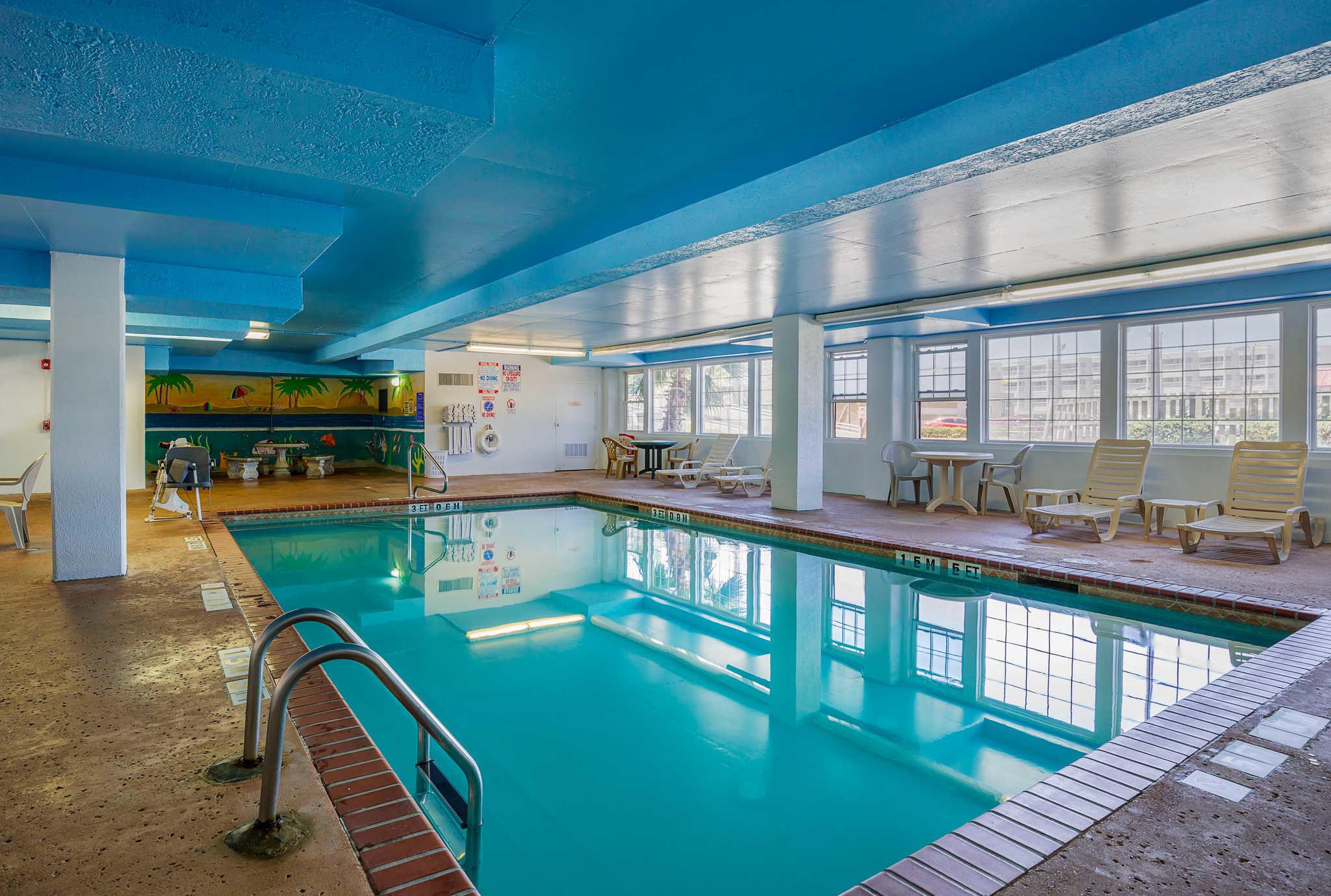 Quality Inn Amp Suites Beachfront Galveston Texas Tx