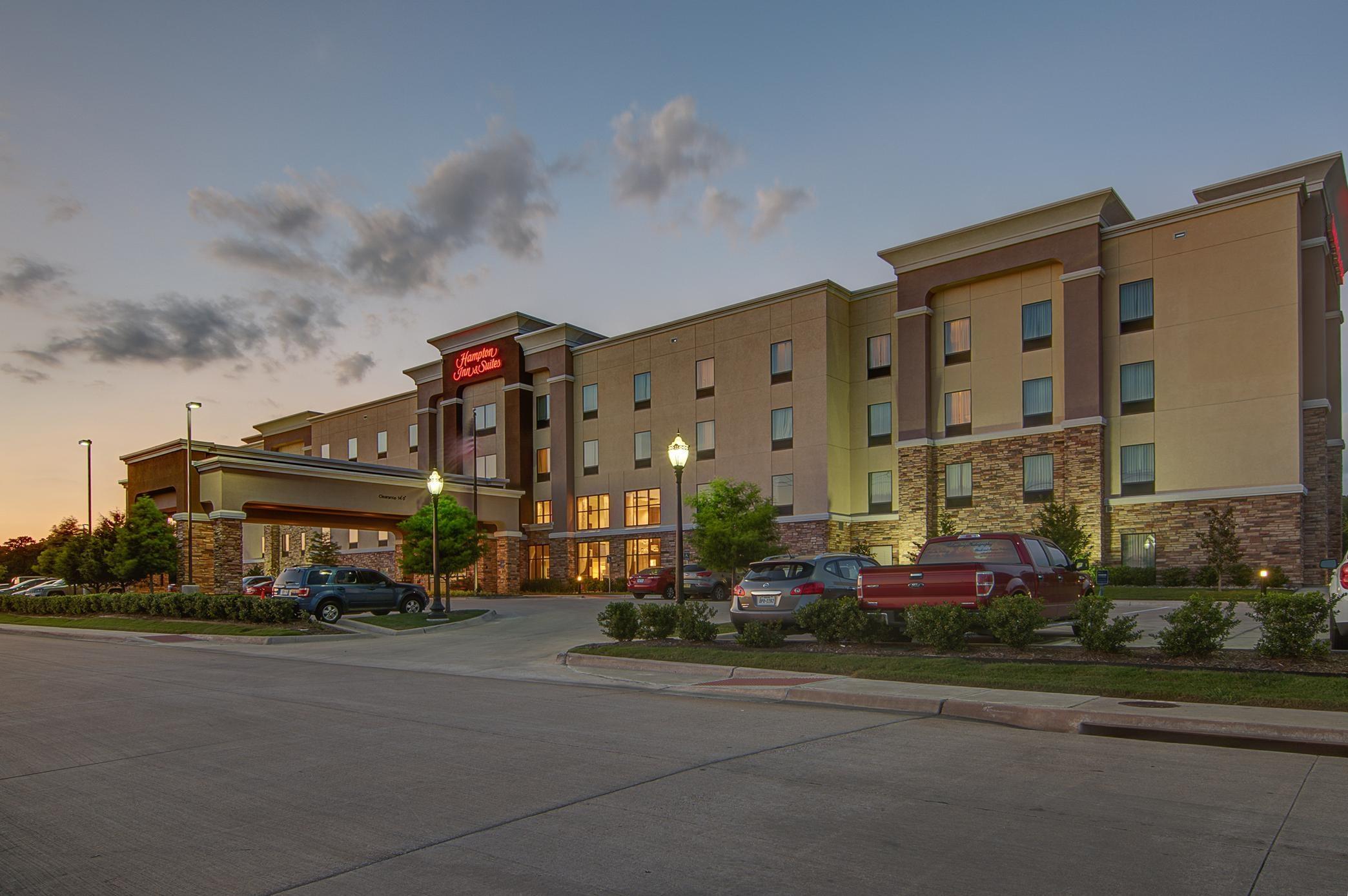 Hampton inn suites trophy club fort worth north for Holiday inn near texas motor speedway