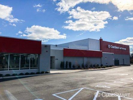 CubeSmart Self Storage - Bay Shore, NY 11706 - (631)210-6603   ShowMeLocal.com
