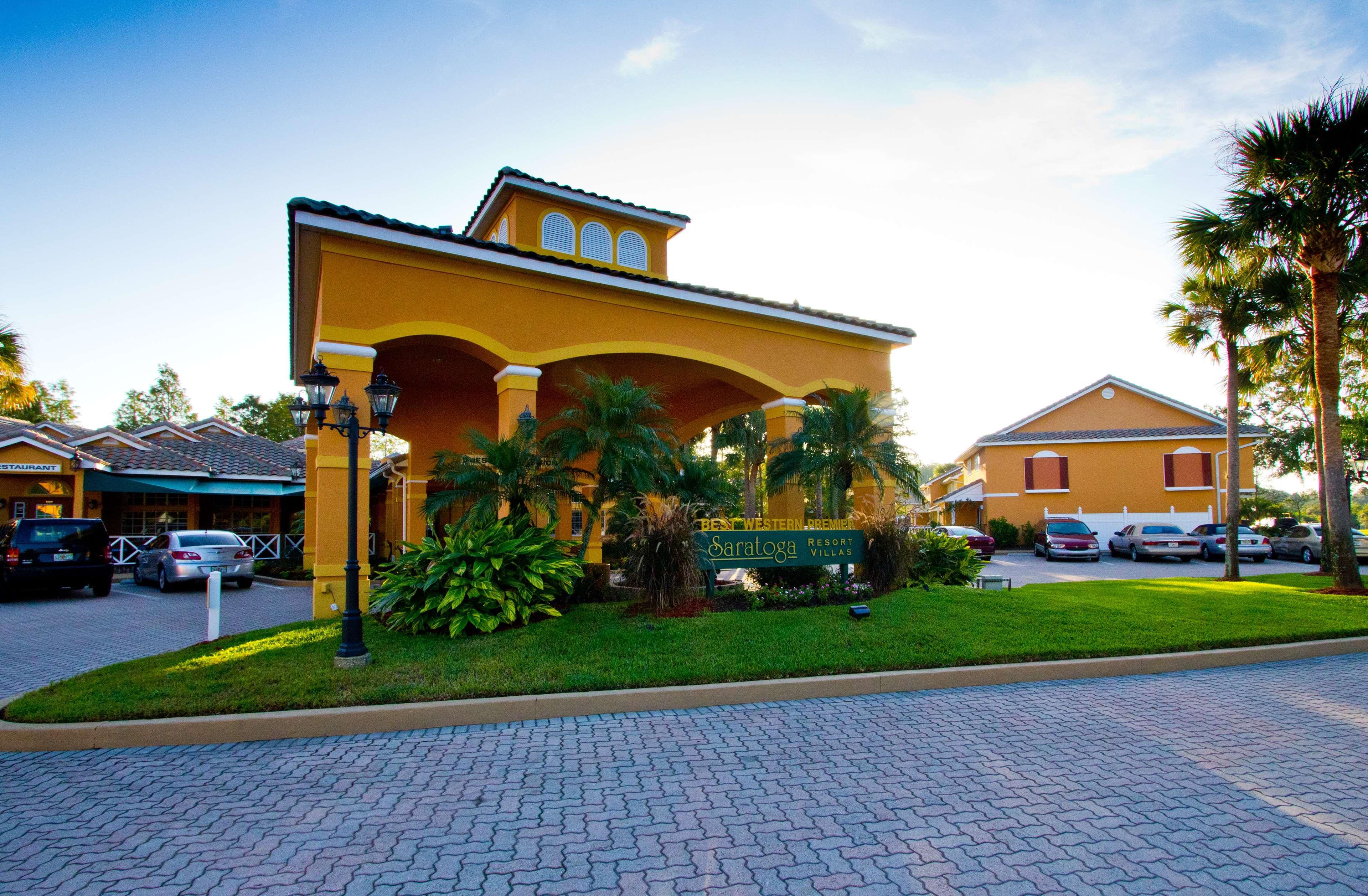 Best Western Premier Saratoga Resort Villas Closed In