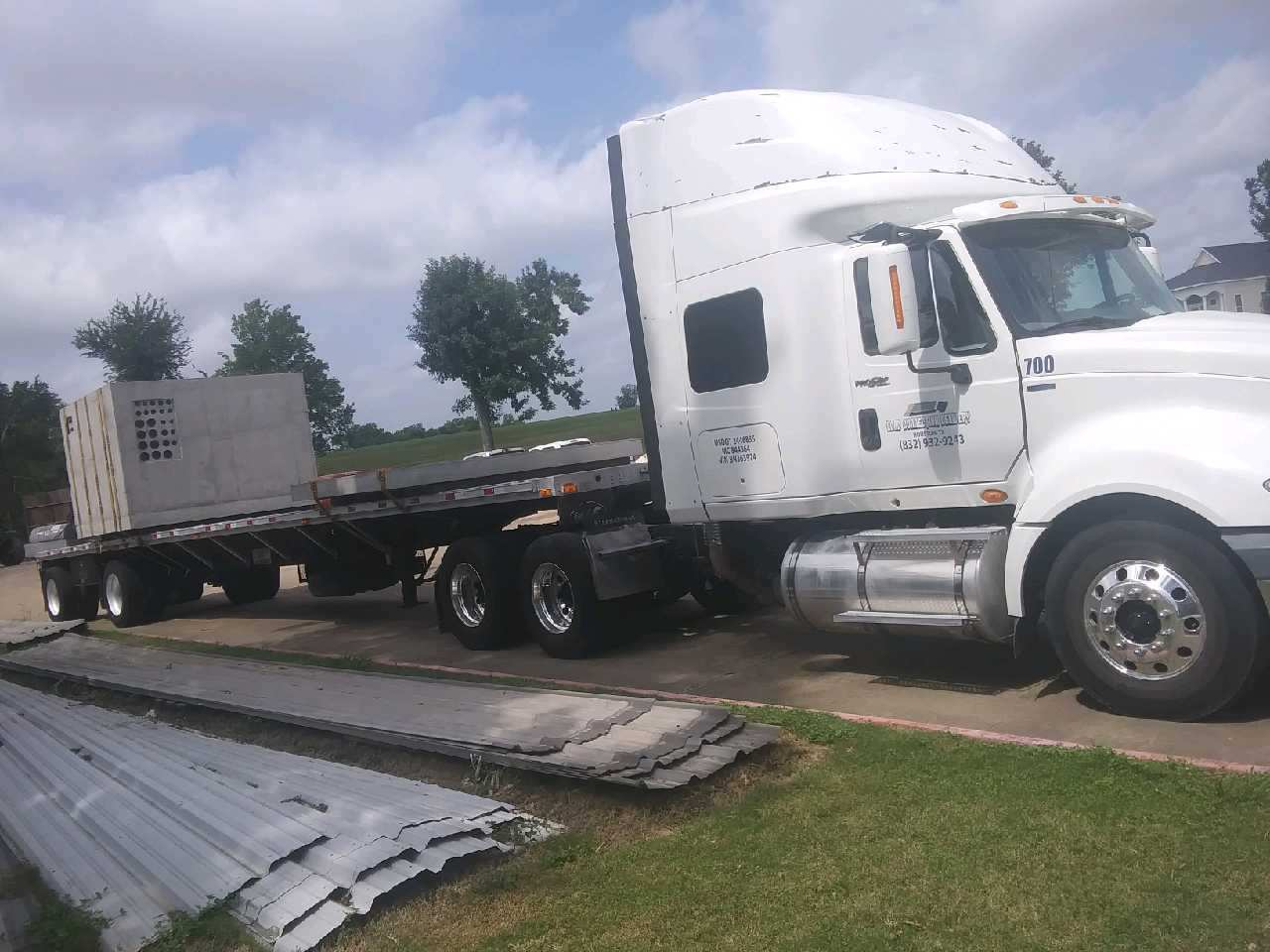 Load Connection Delivery Service - Houston, TX 77088 - (832)932-9243 | ShowMeLocal.com