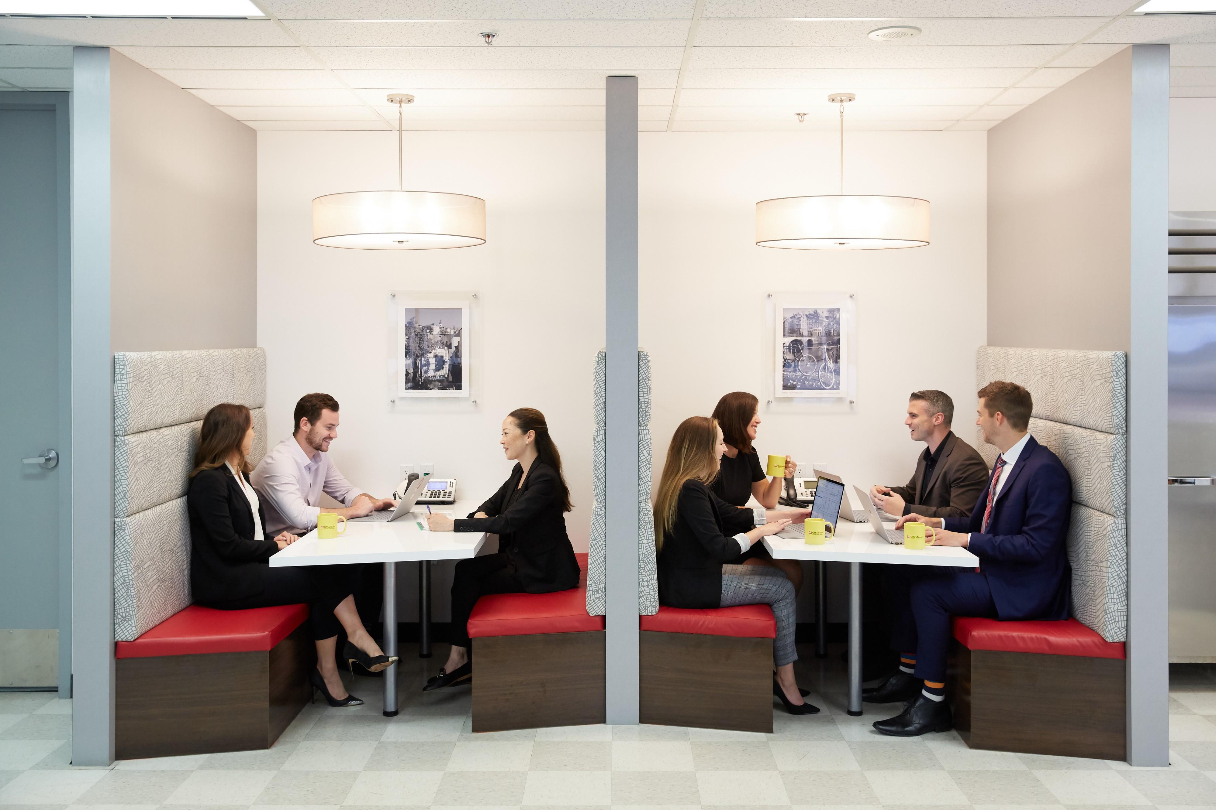 Robert Half® Recruiters & Employment Agency in Vancouver: Lunchroom area.