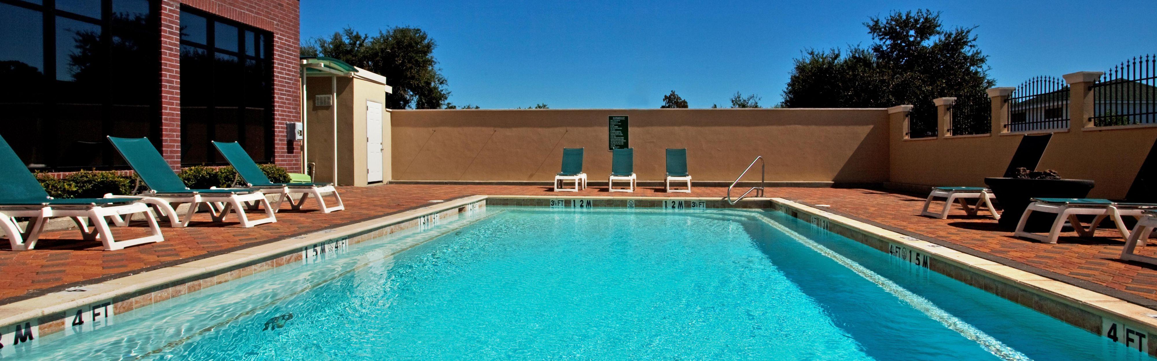 Holiday inn houma houma louisiana la - Regis college swimming pool hours ...