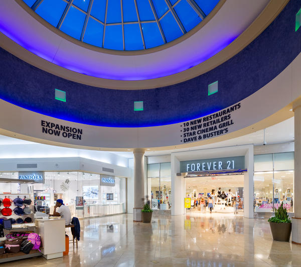 Baybrook Mall (Friendswood) Baybrook Mall is located at the corner of I S. & Bay Area Blvd., Friendswood. It is a Super-Regional Center which opened in and was last renovated in