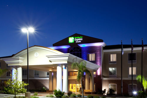 Holiday Inn Express Suites Spring Hill Spring Hill