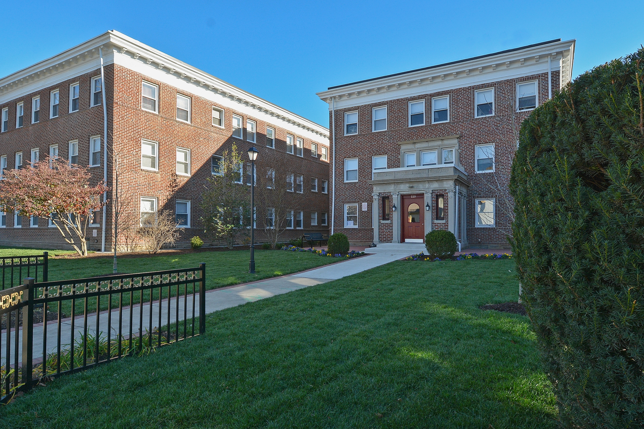 The Square Apartments Ardmore Pa