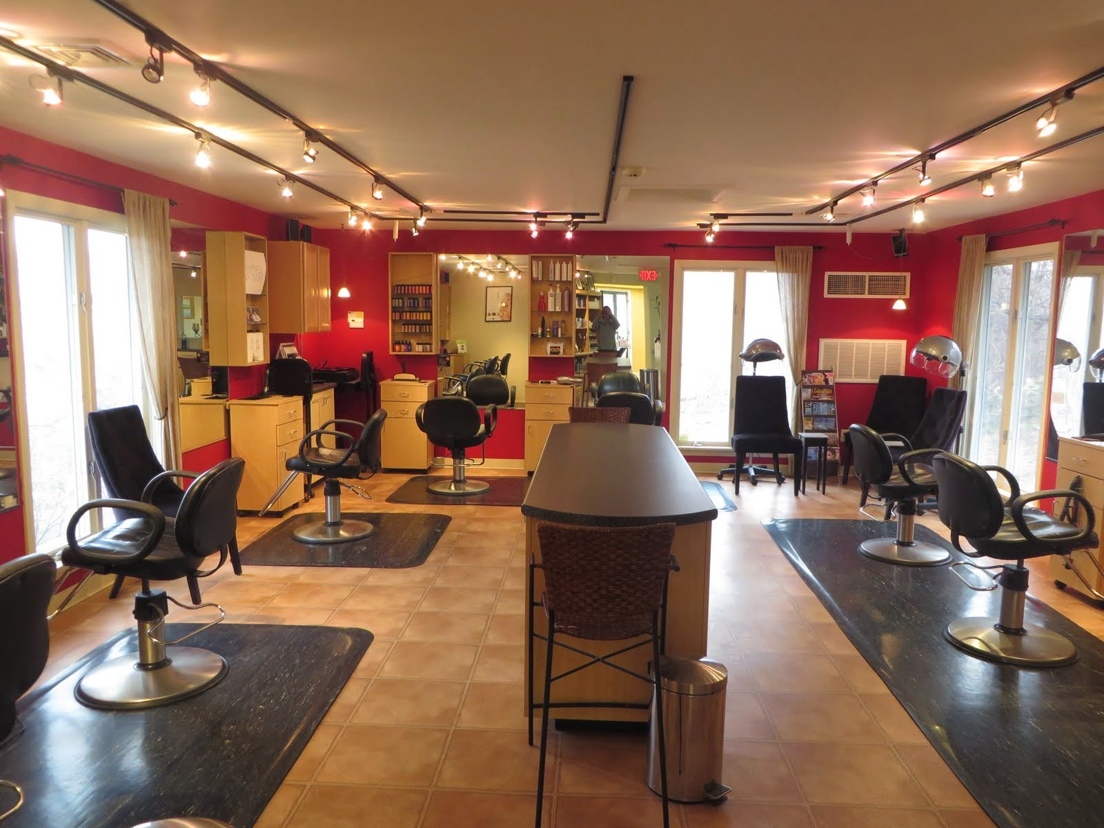 The salon 16 west in orleans ma 02653 for Orleans salon