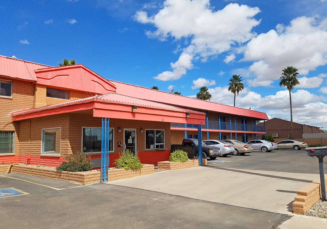 Americas best value inn eloy casa grande coupons near for Americas best coupon code