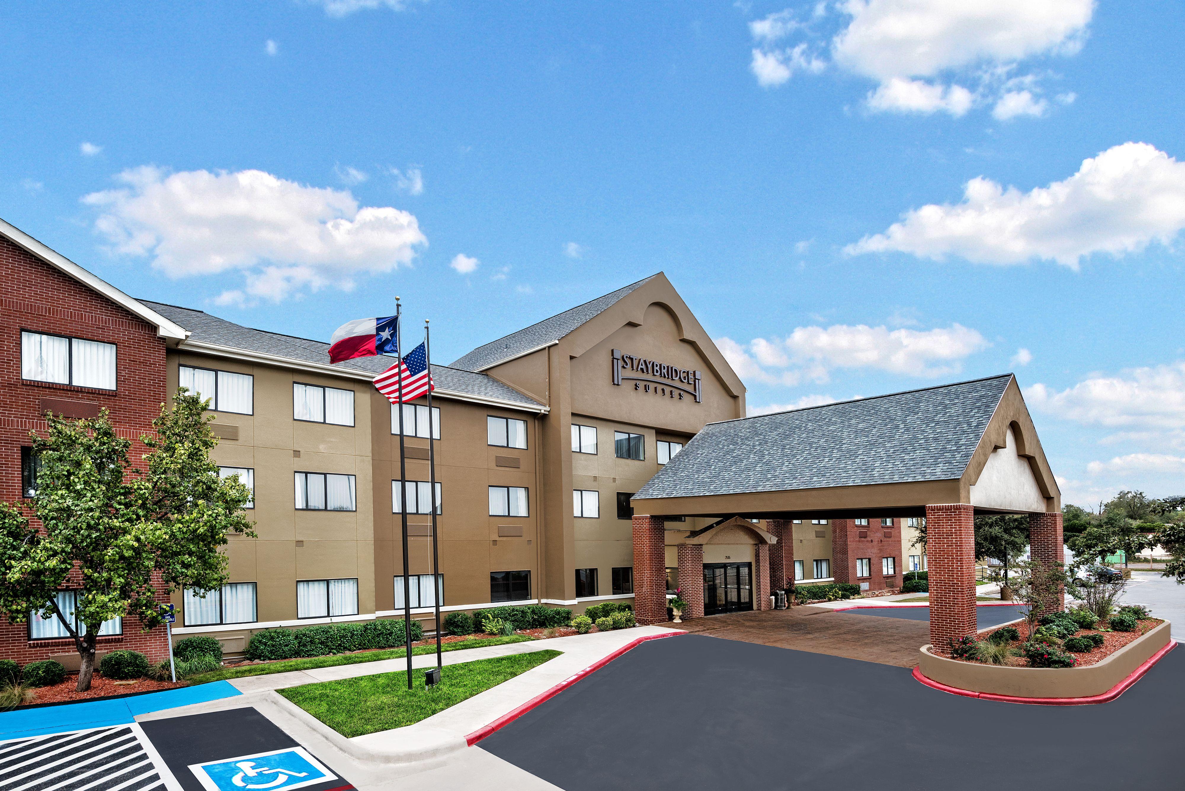 Hotels Near S Pn