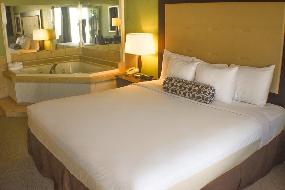 Liberty Mo Hotels And Motels