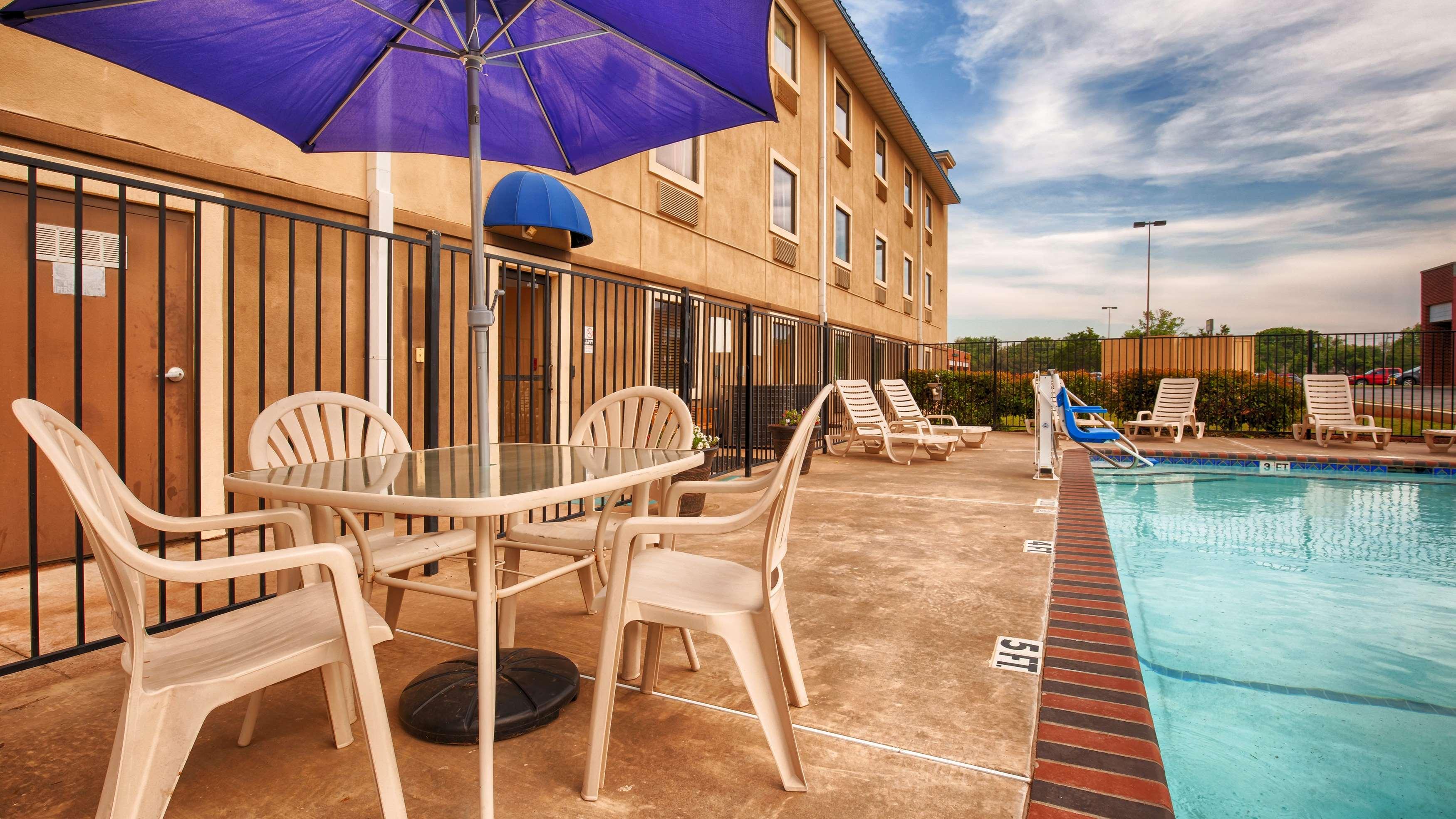 Best Western Plus University Inn Suites Wichita Falls Texas Tx
