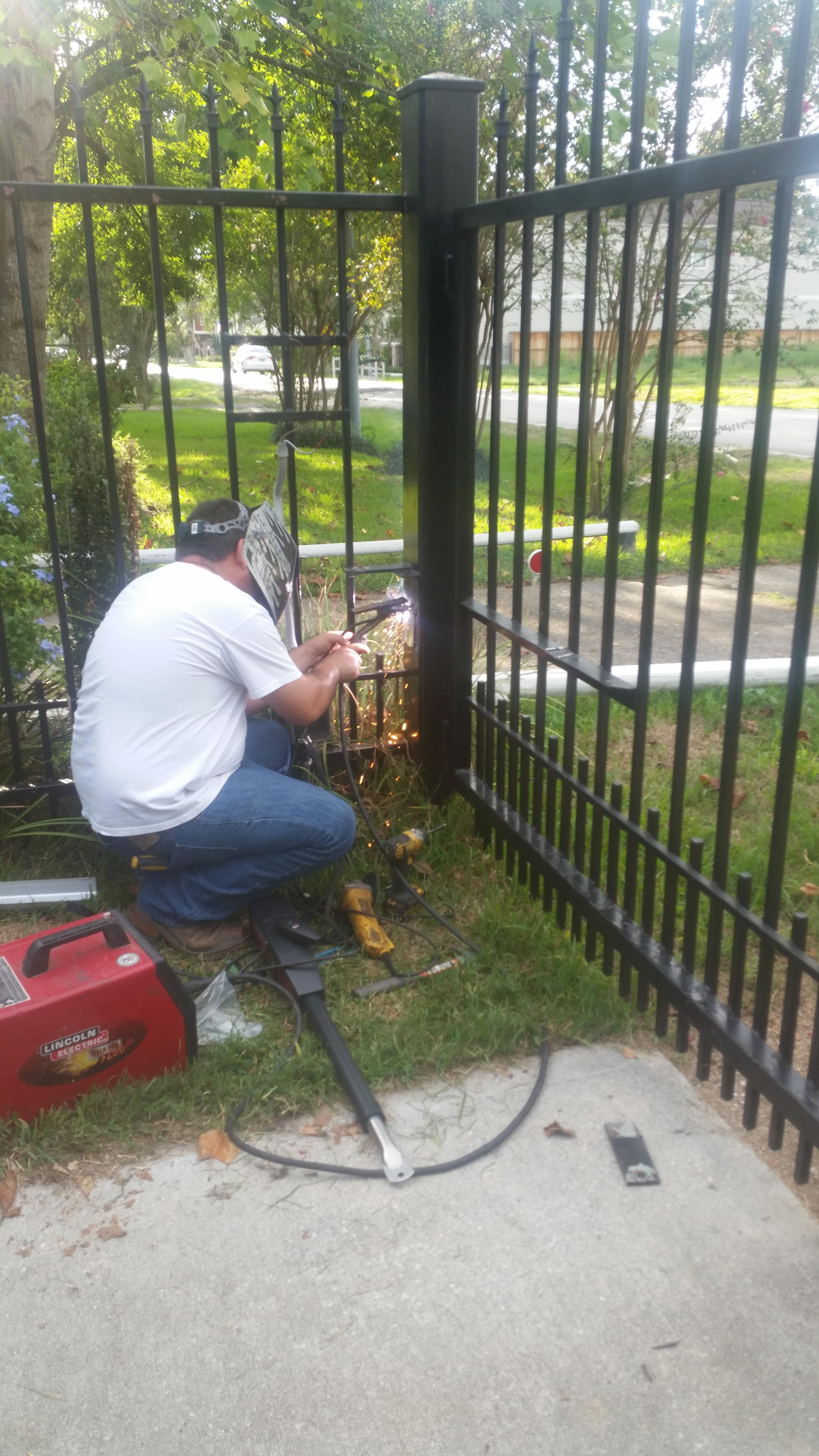 5312 #6F3D36 Allied Services Garage Door And Gate Repair In Houston TX 77007  wallpaper Wayne Dalton Garage Doors Houston 35852988