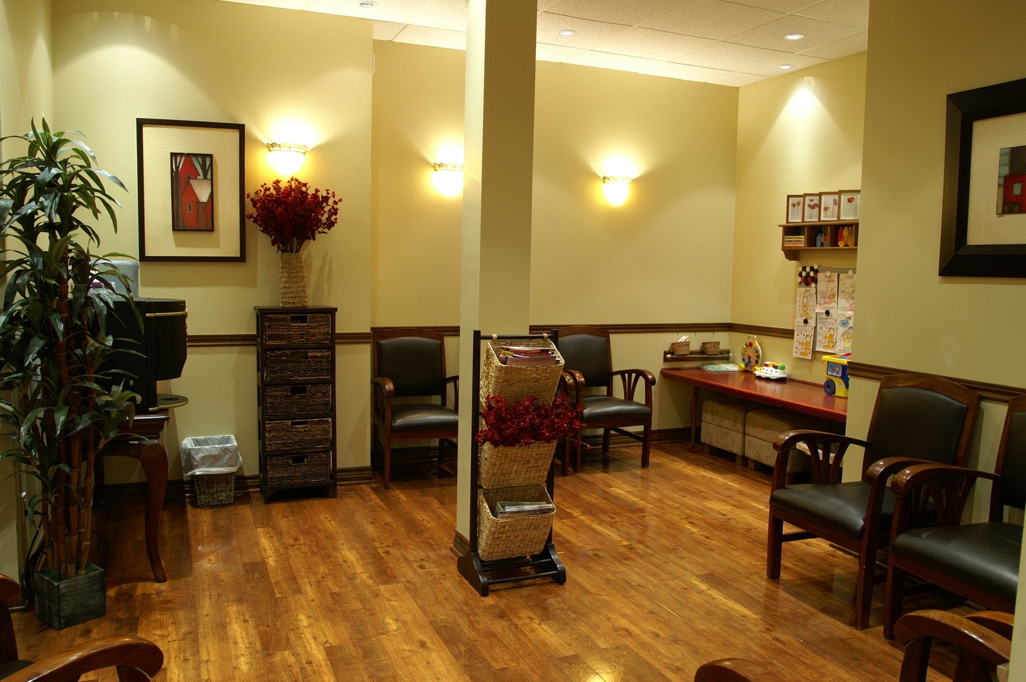 Centre Dentaire Dagenais à Laval