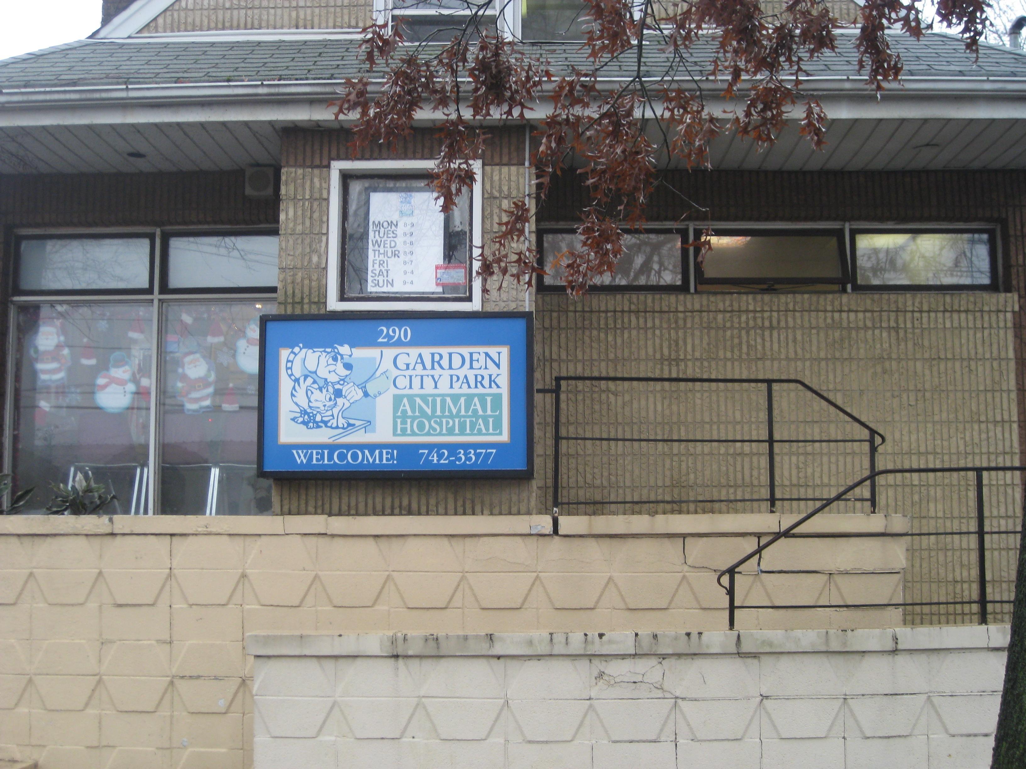 Garden City Park Animal Hospital In New Hyde Park Ny 11040