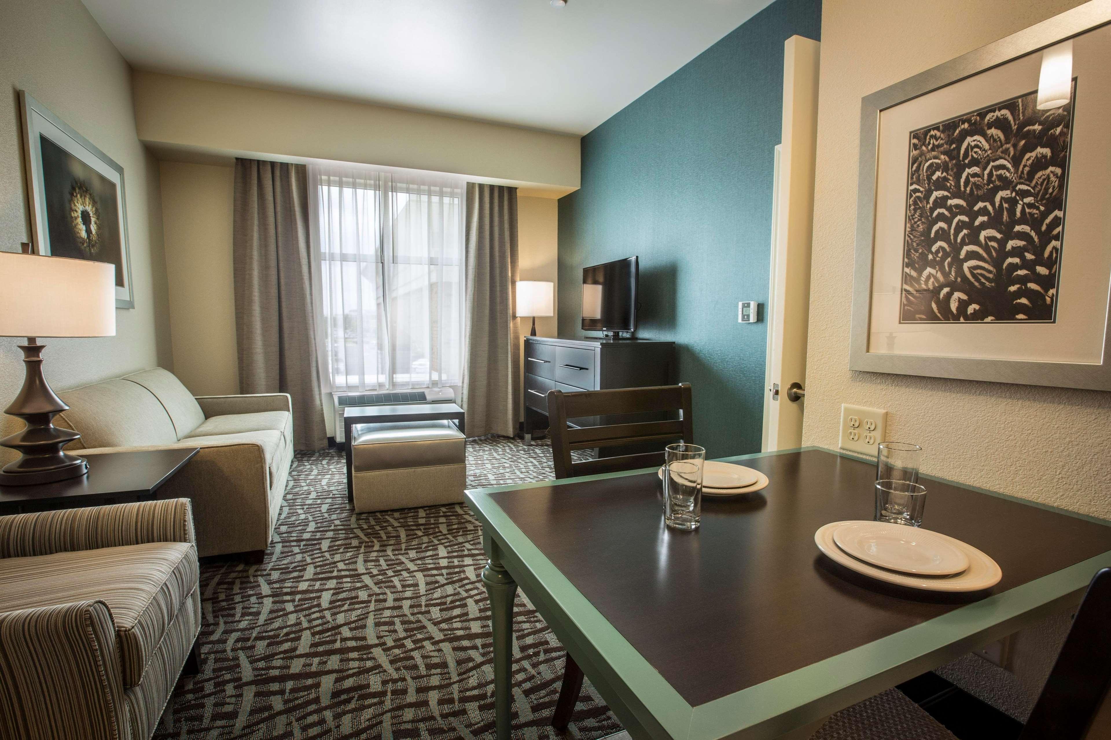 Homewood Suites By Hilton Charlotte Ballantyne Nc Charlotte North Carolina