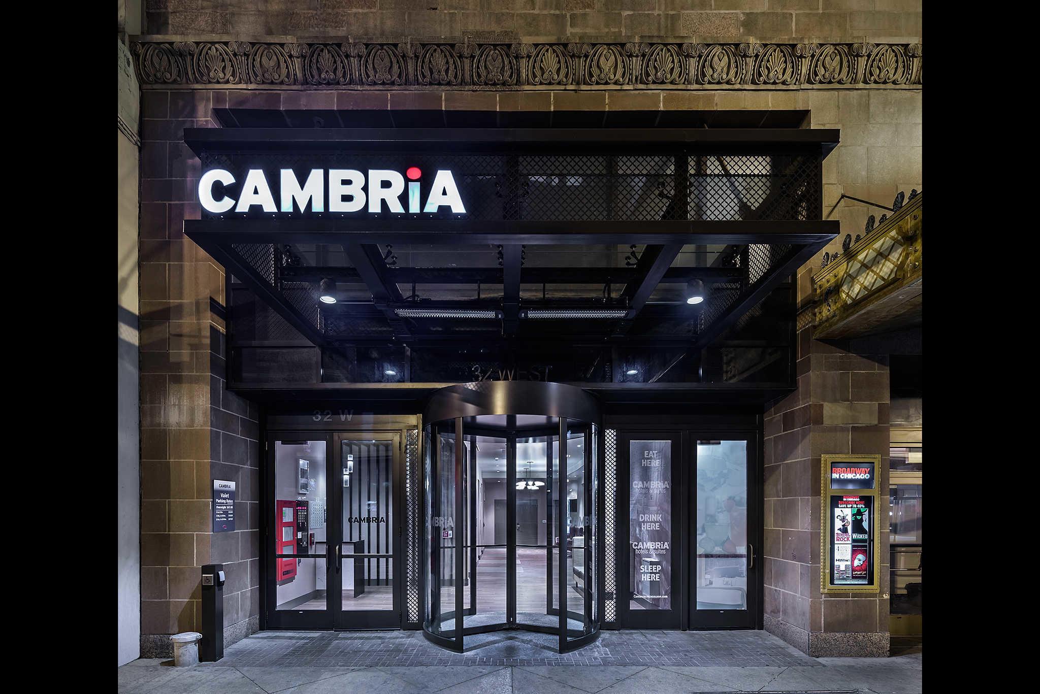 Cambria Hotel Chicago Reviews