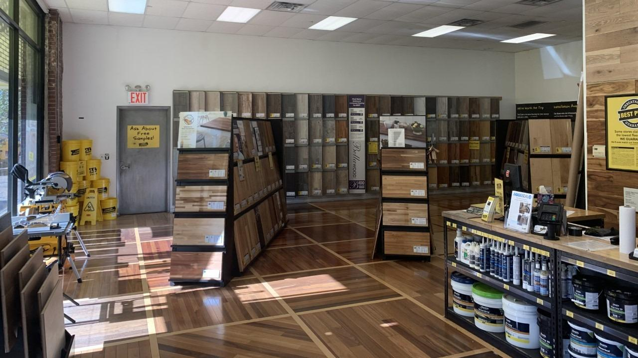 Lumber Liquidators Flooring #1219 Astoria | 32-32 49th Street | Store Front