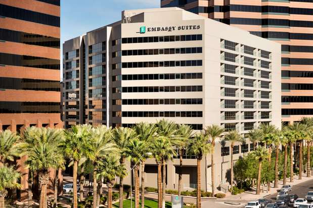 Images Embassy Suites by Hilton Phoenix Downtown North