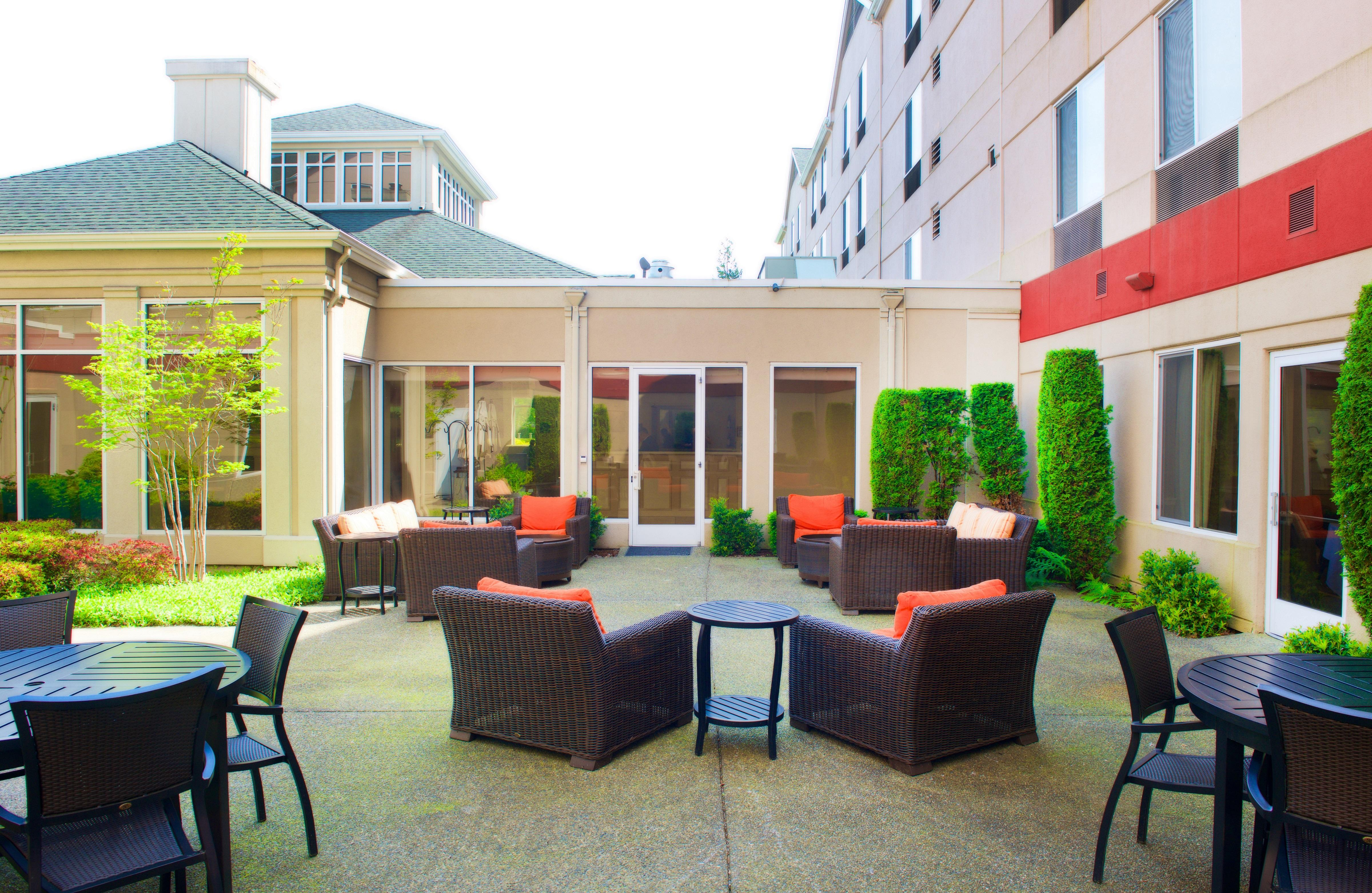 hilton garden inn seattle renton in renton wa 98057