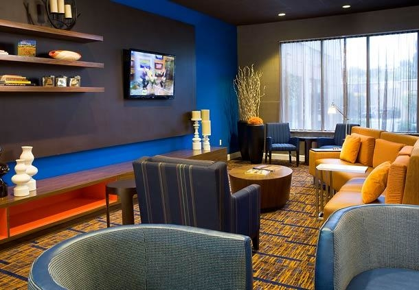 Courtyard by Marriott Newark Silicon Valley image 5
