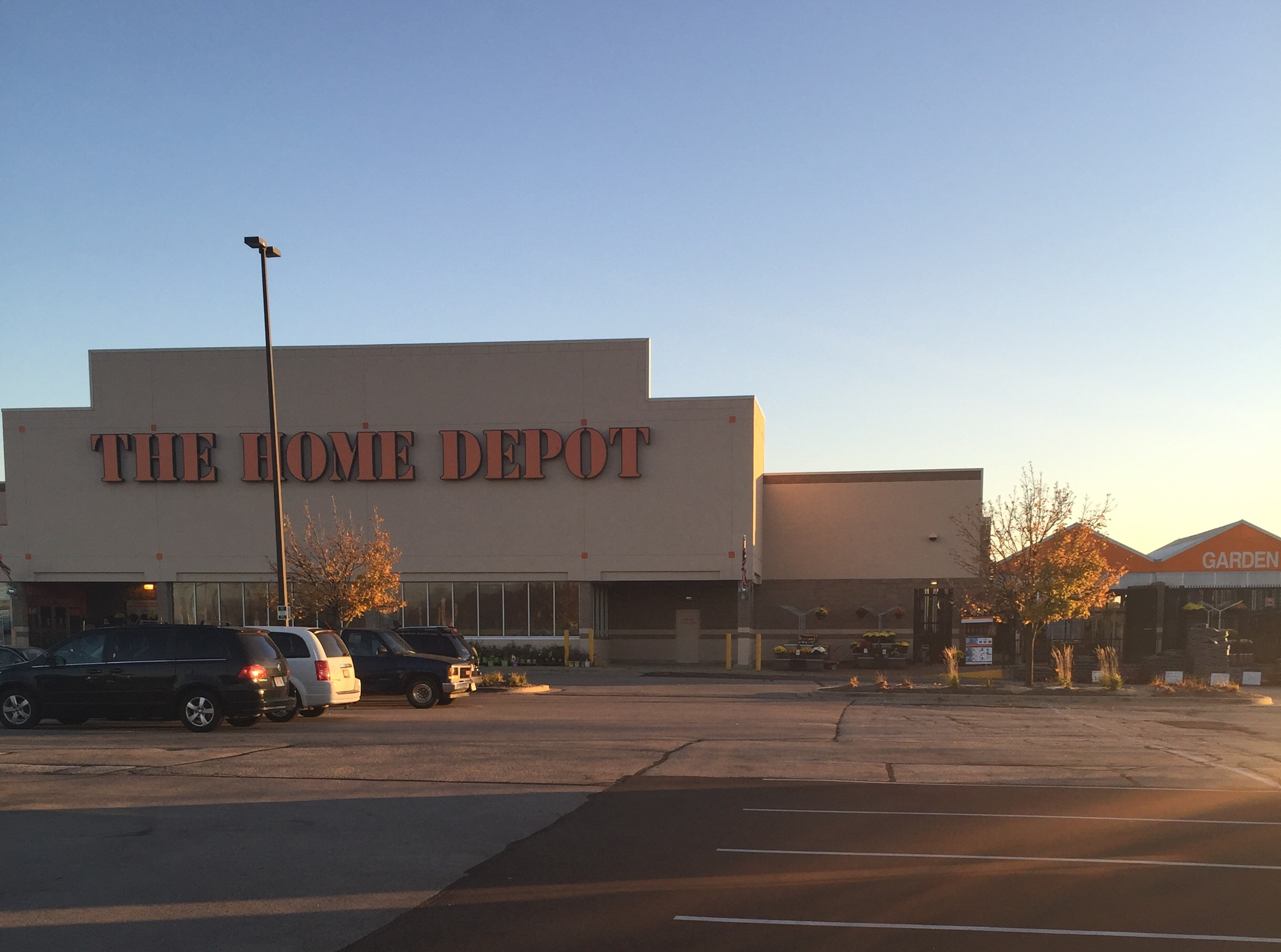 The Home Depot In Racine Wi 53406