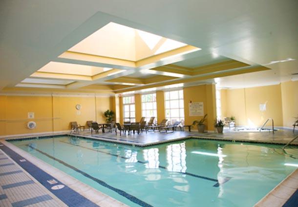 Hotels Near Mystic Aquarium With Indoor Pool