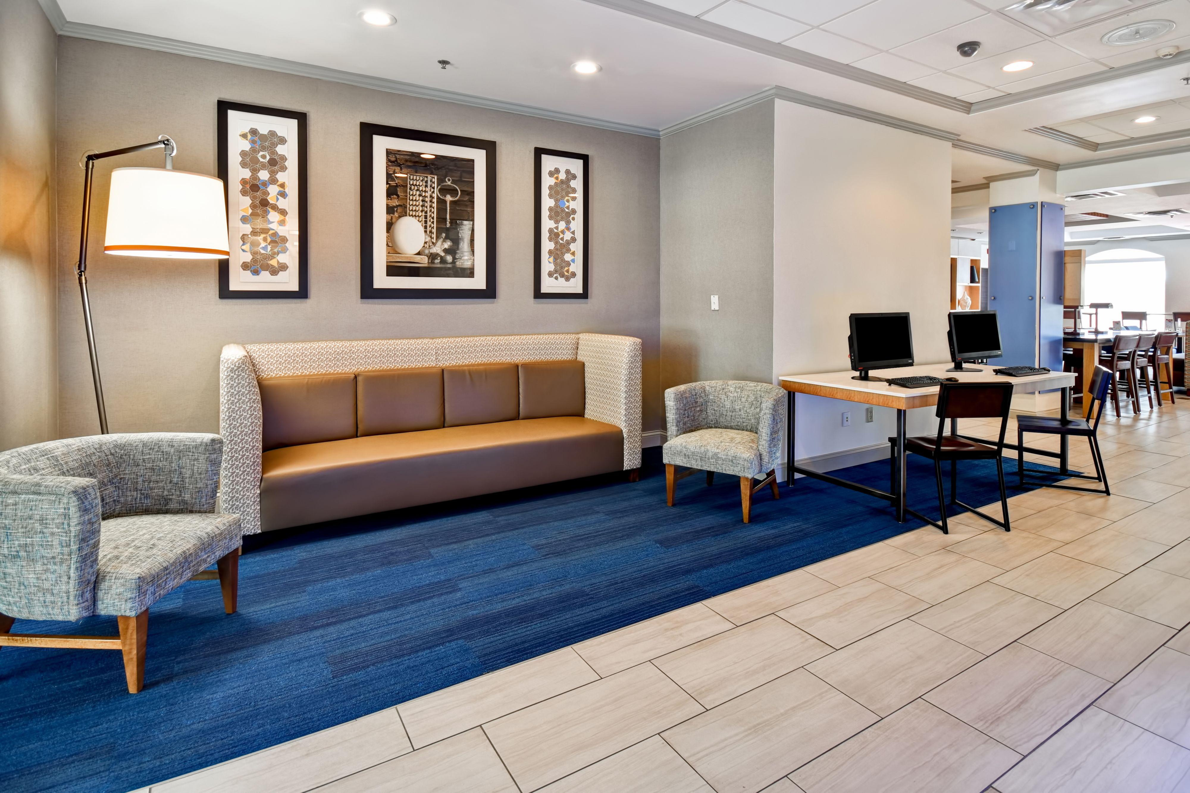 Holiday Inn Express & Suites Schererville in Schererville ...