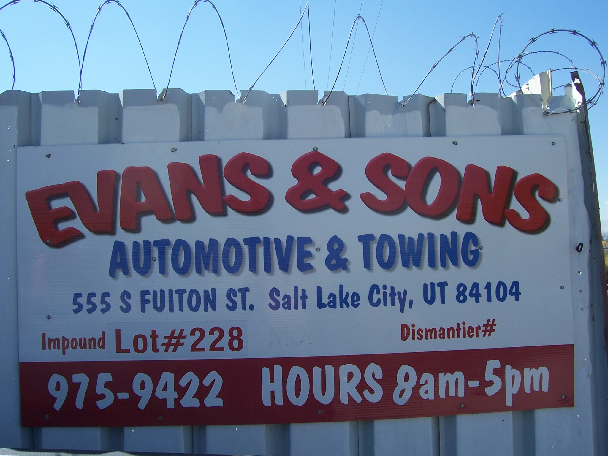 Evans and Sons Auto and Towing image 2