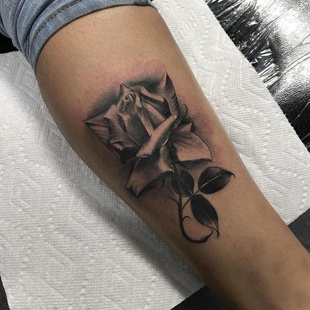 High class tattoo in fresno ca 93710 for Best tattoo shops in fresno