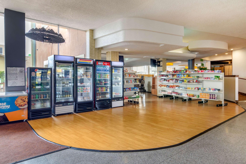 Hotel marketplace