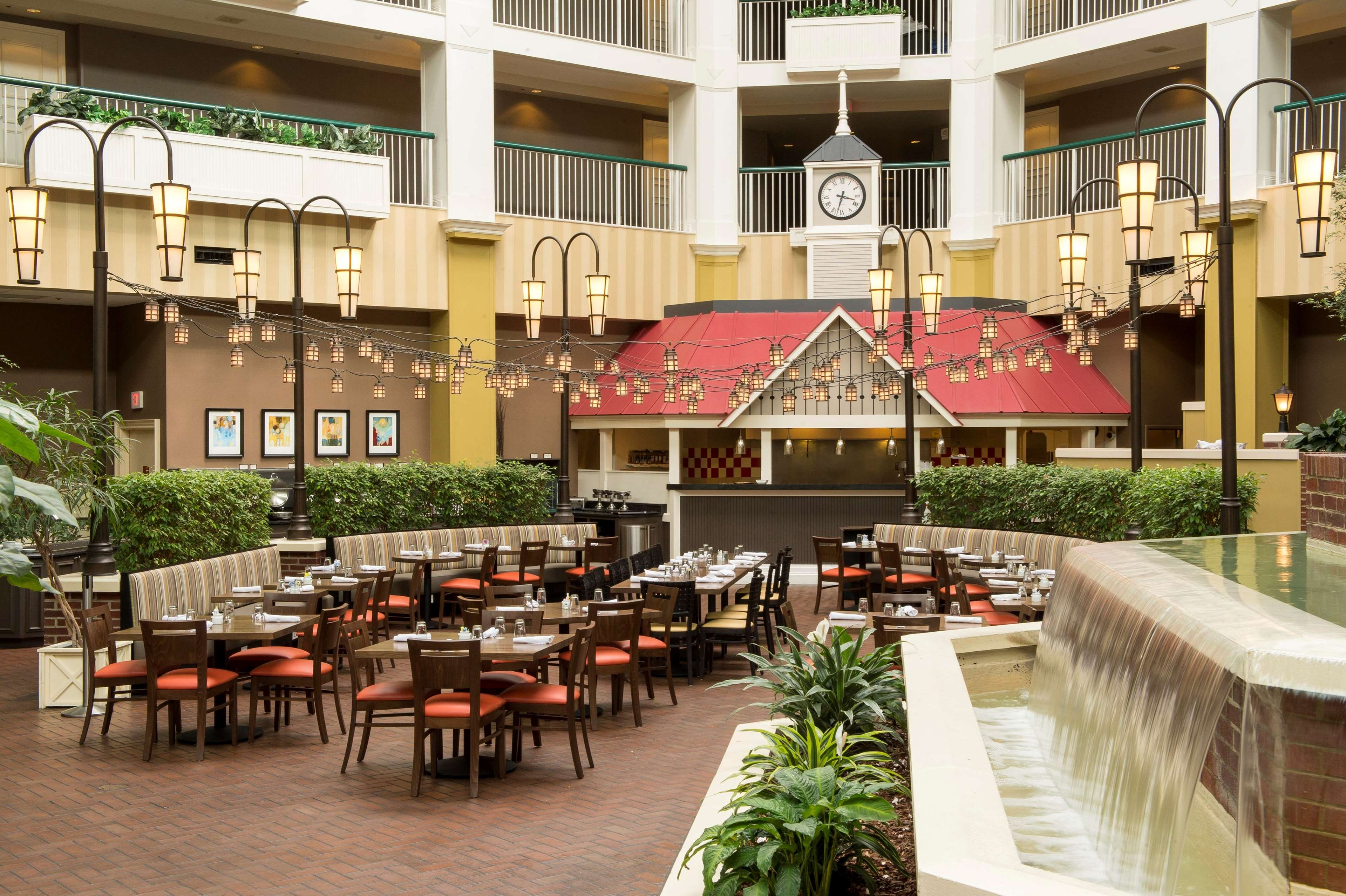 Hilton brentwood nashville suites coupons near me in for Dining near brentwood tn