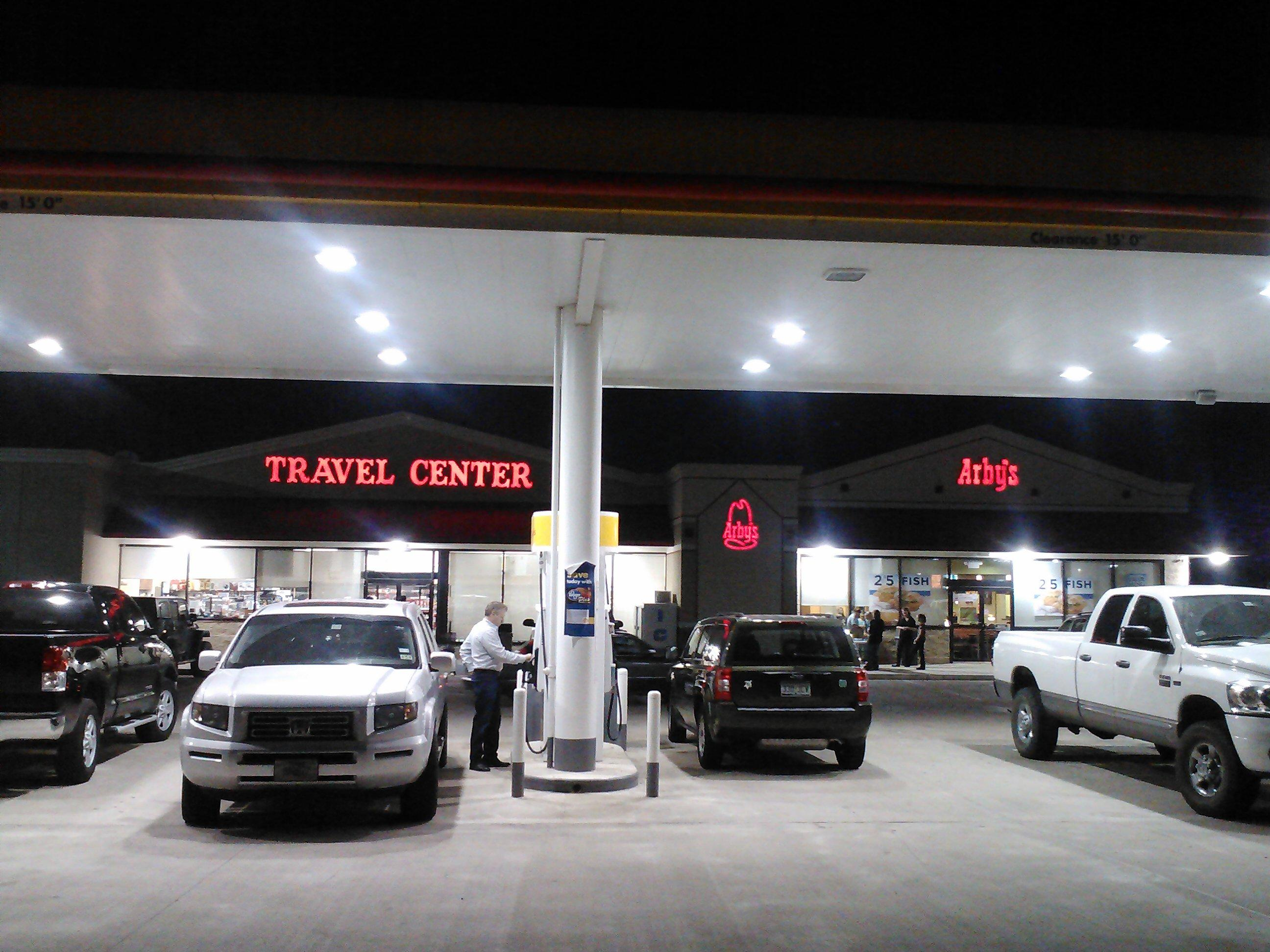 Yellow Rose Travel Plaza (Shell, Truck Stop, Travel Center & Arby's)