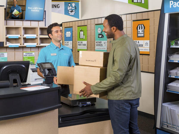 Shipping Packing Services At The Ups Store Montrose At 2029