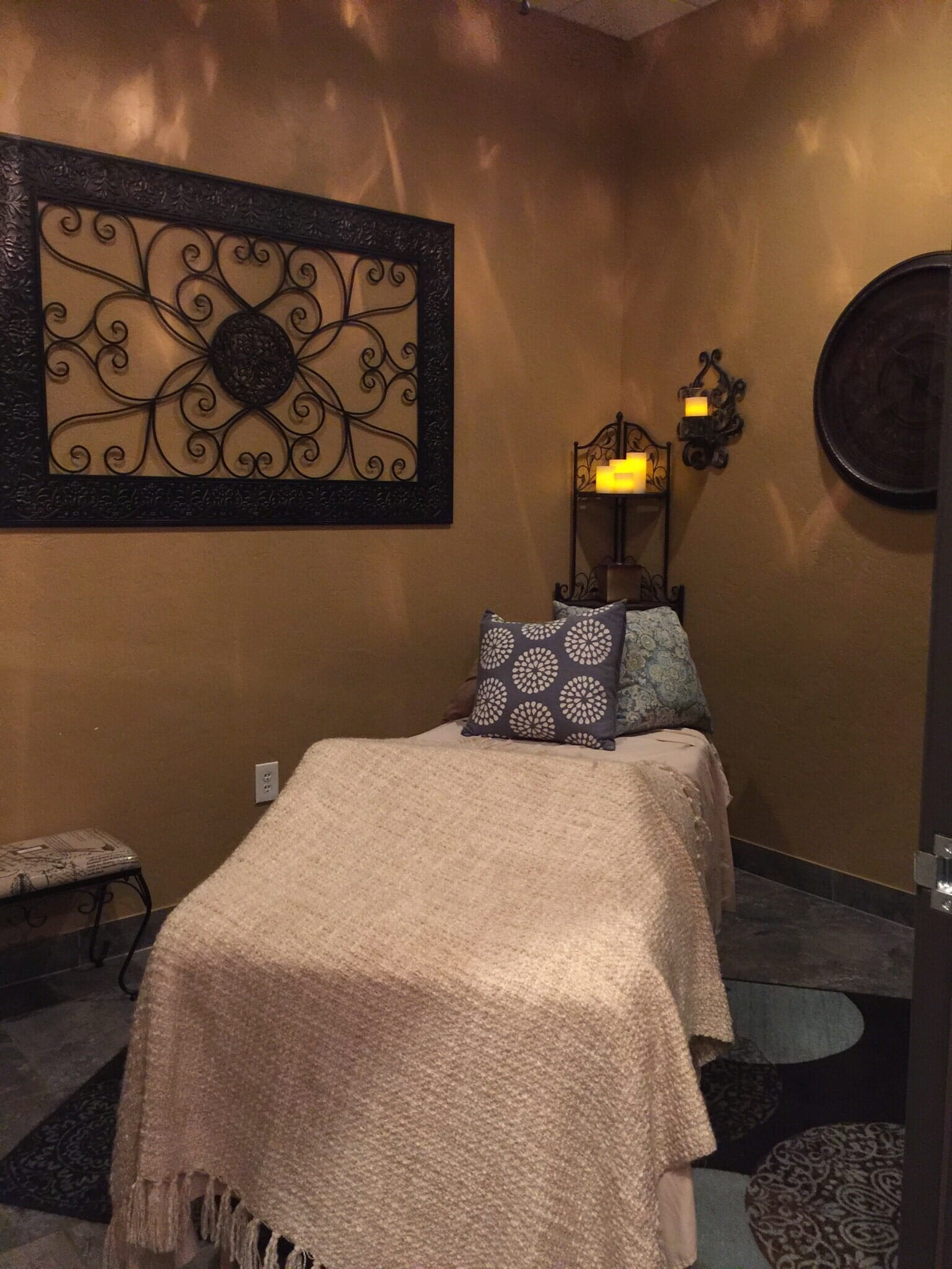 Rejuvenations salon spa boutique clovis california ca for 56 west boutique and salon