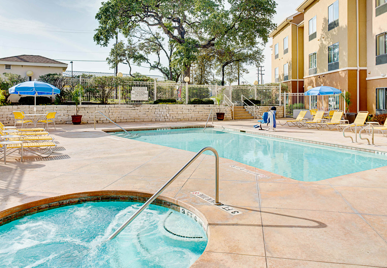 Fairfield Inn Amp Suites By Marriott San Antonio Seaworld Westover Hills In San Antonio Tx 78251
