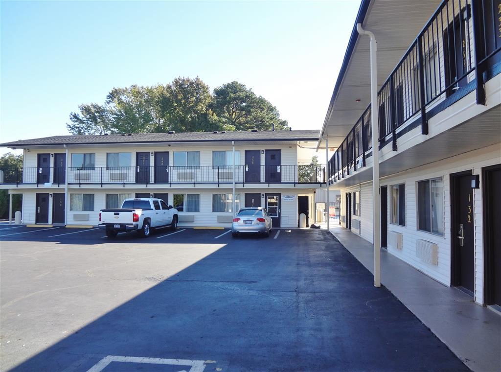 americas best value inn goldsboro in goldsboro nc 27534. Black Bedroom Furniture Sets. Home Design Ideas