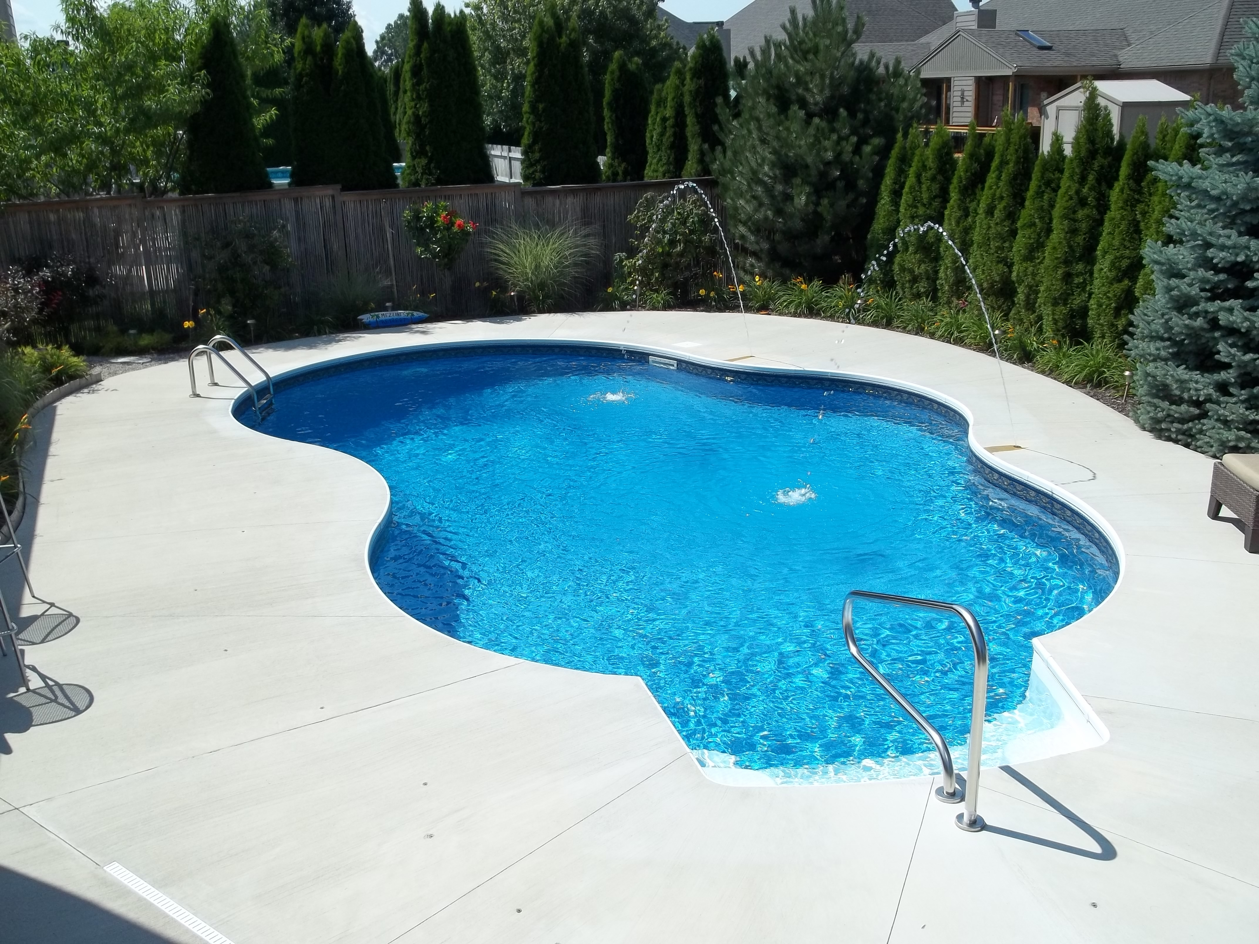 Alpine pools south hills bethel park pennsylvania for Garden hills pool hours