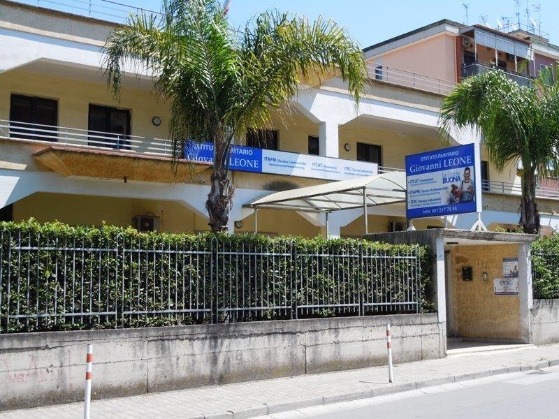Istruzione e formazione a pomigliano d arco infobel italia for Istituti paritari milano
