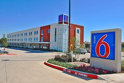 Motel 6 Ft Worth Northlake - Speedway image 6