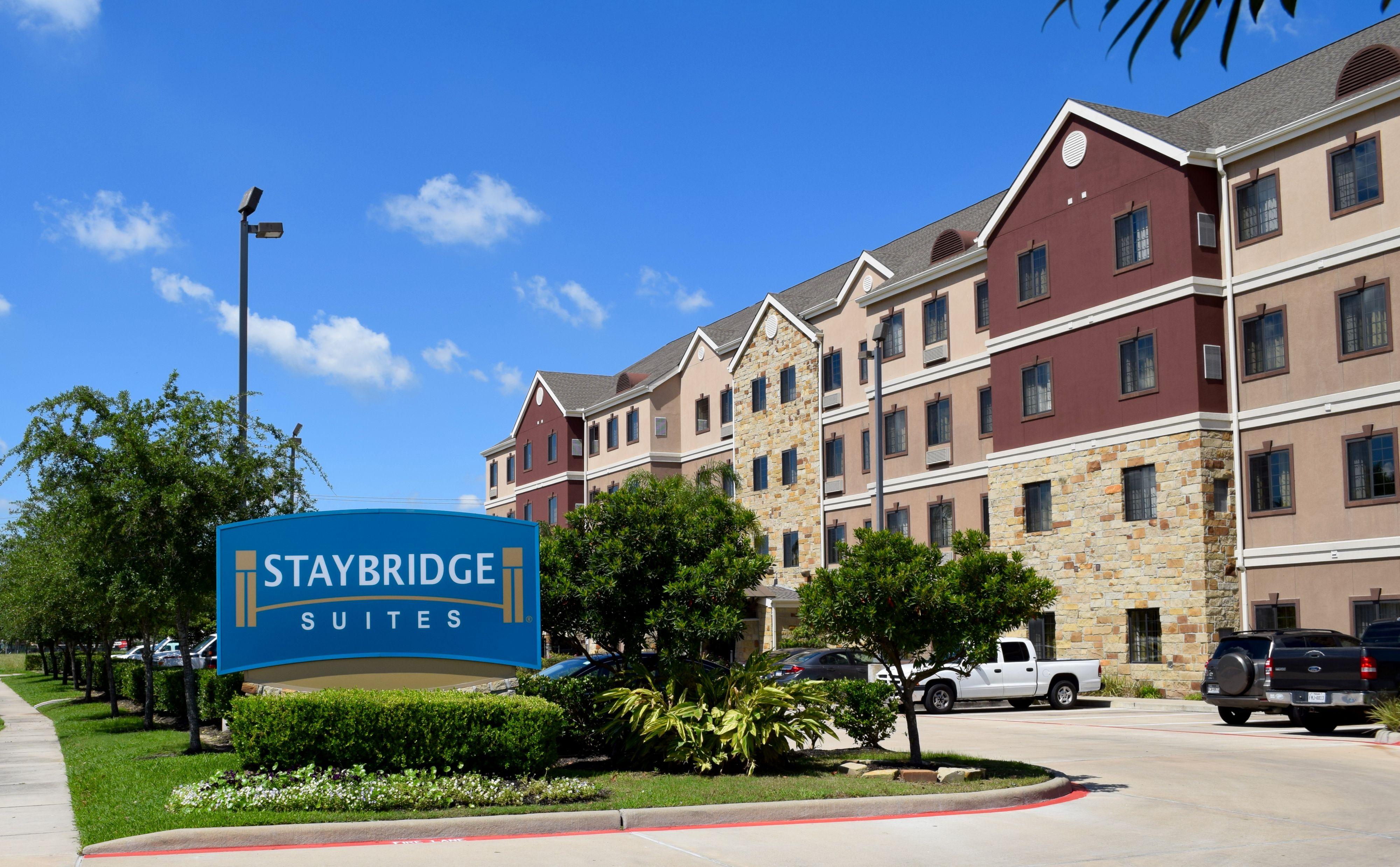 Hotels Near Stafford M