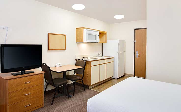 Woodspring Suites Fort Wayne Fort Wayne Indiana In