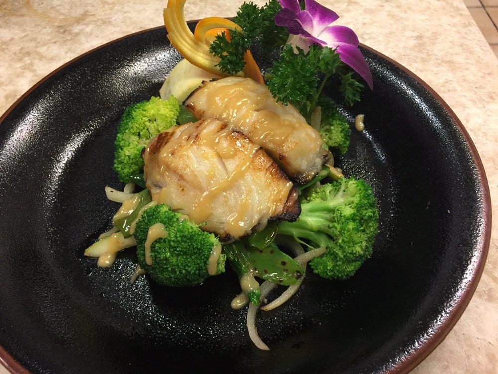 Sushi Yoshi Steak Stone & Seafood House