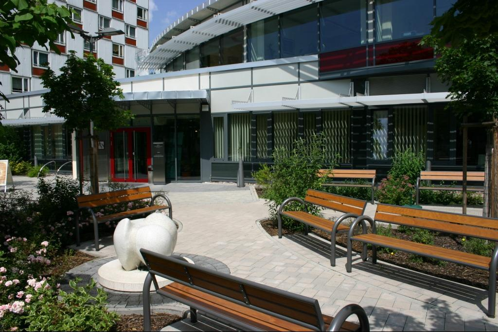 awg wohnungsbaugesellschaft rennsteig eg bauunternehmen suhl deutschland tel 0368139. Black Bedroom Furniture Sets. Home Design Ideas